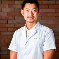 須藤 悦男シェフ