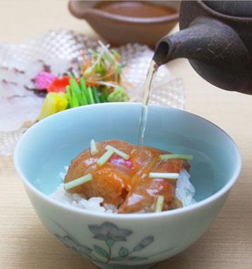 桜鯛のごま茶漬け