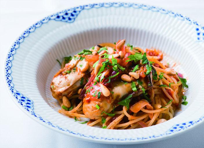 牡蠣のスパゲッティー カラブリア風トマトソース