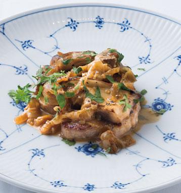 豚ヒレ肉とポルチーニ茸のスカロッピーネ