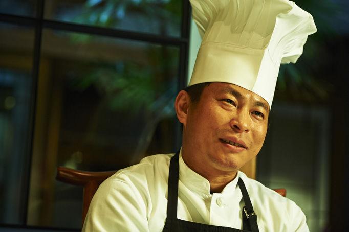 四川料理の魅力は豊富な香辛料と発酵調味料。その組み合わせが深い味を作る。