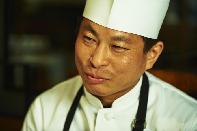伝統の四川料理を知る最後の世代の老料理人たちから、本当の四川料理を学べた。