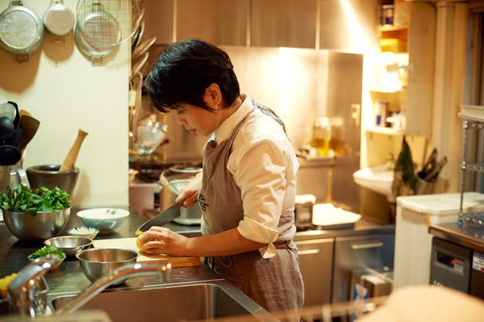 お弁当作りから料理に目覚め、料理研究家を目指す。