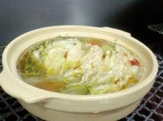 ピリッとラー油仕立ての豚白菜トロトロとろみ鍋