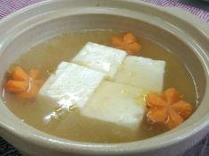 最強湯豆腐列伝 塩麹とゆず胡椒風味 とりから添え