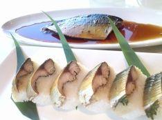 サバの梅煮と棒寿司仕立て