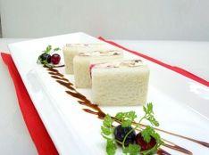 オトナのチーズ入りフルーツサンド 前菜として。