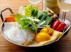 ☆簡単野菜鍋☆ 和風だしと牛乳ベースのとろけるチーズ味
