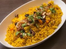 野菜のビリヤニ(インド風炊き込みご飯)