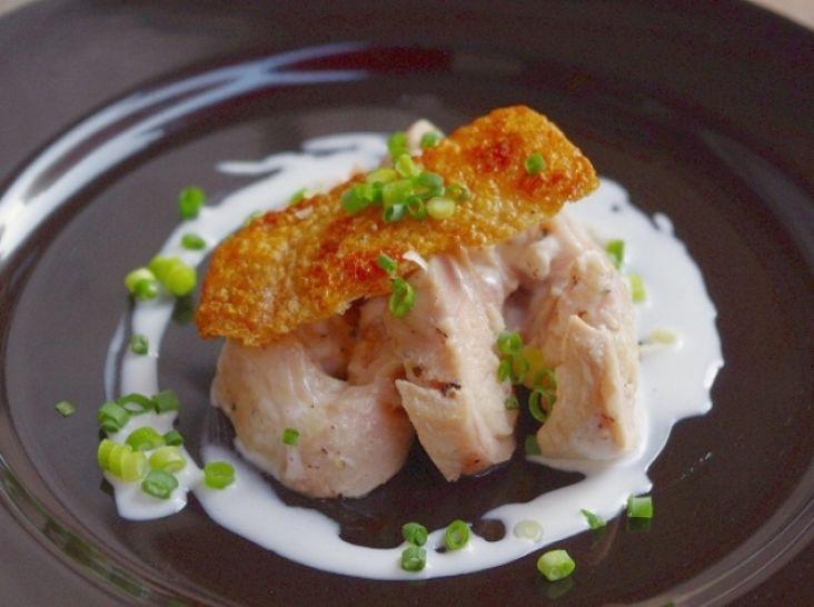 ギリシャヨーグルトでしっとり濃厚仕上げ 鶏モモ肉の低温調理