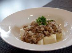 ぷるぷる豆腐の洋風挽肉のせ