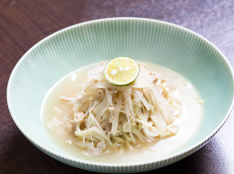 大根白湯(パイタン)麺