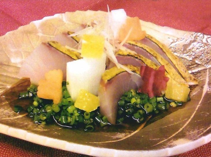 炙り間八のお刺身 青ネギポン酢