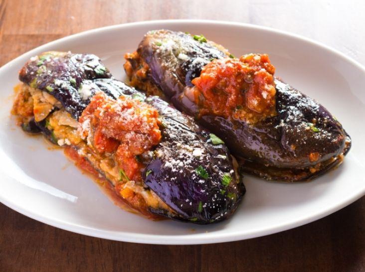 フライパンで簡単!ナスと根菜のトマトソース煮
