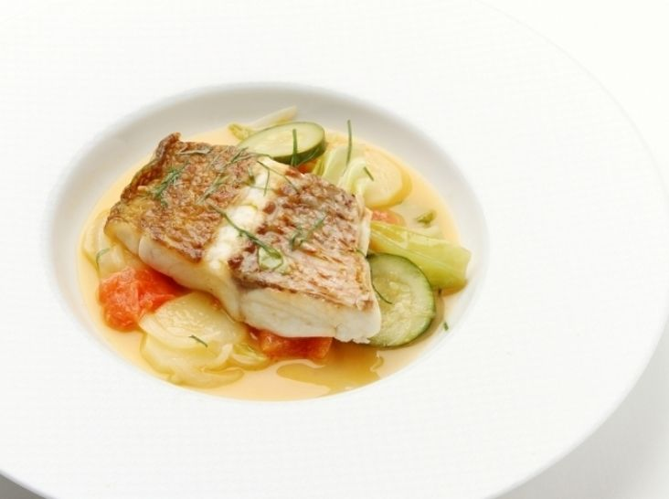 内浦駿河鯛と野菜の蒸し煮