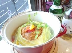 ビックリ!まるごとキャベツのタンドリーカレー鍋