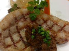 柏幻霜ポークのグリル木の子の食べるソース