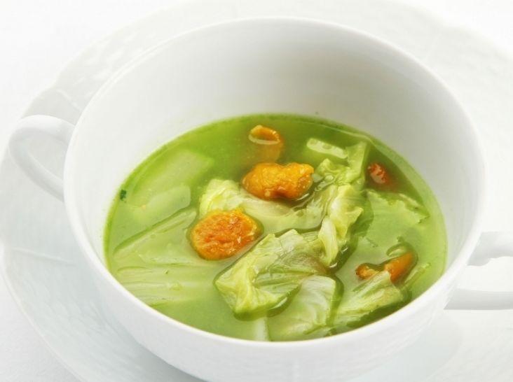 白菜とほおずきのバジルスープ