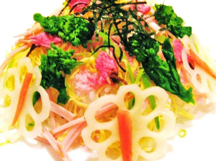 春の雛寿司