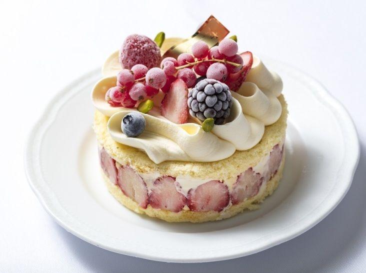 ルージュベリーのアントルメグラッセ(アイスケーキ)