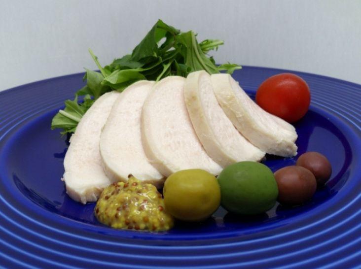 鶏むねのハム仕立て 前菜として。
