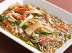 カニカマと春雨と白菜のトロトロ煮込み