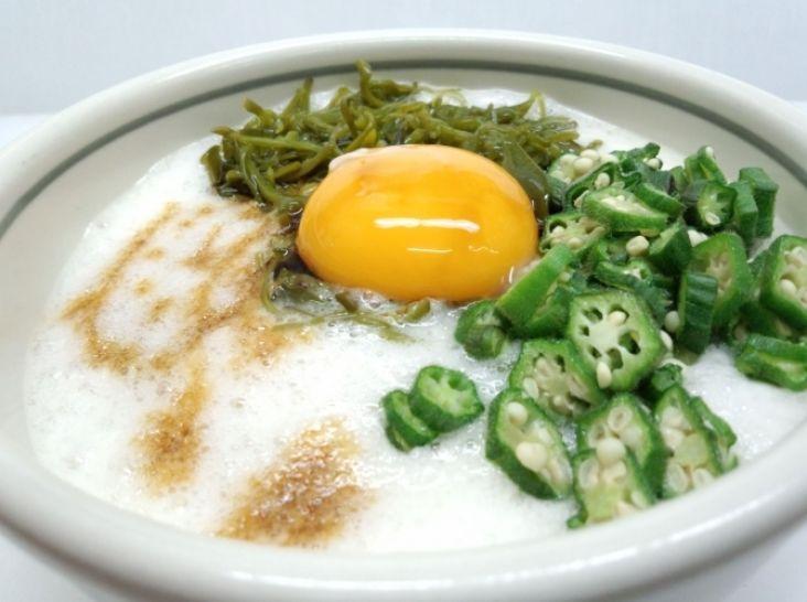 ネバネバ丼~長芋とメカブとおくら~