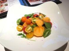 庄内柿とプチトマトのハニービネガーサラダ