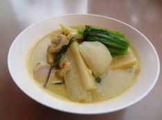 立川野菜のグリーンカレー