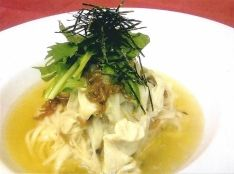 水菜と湯葉の素麺茶漬け