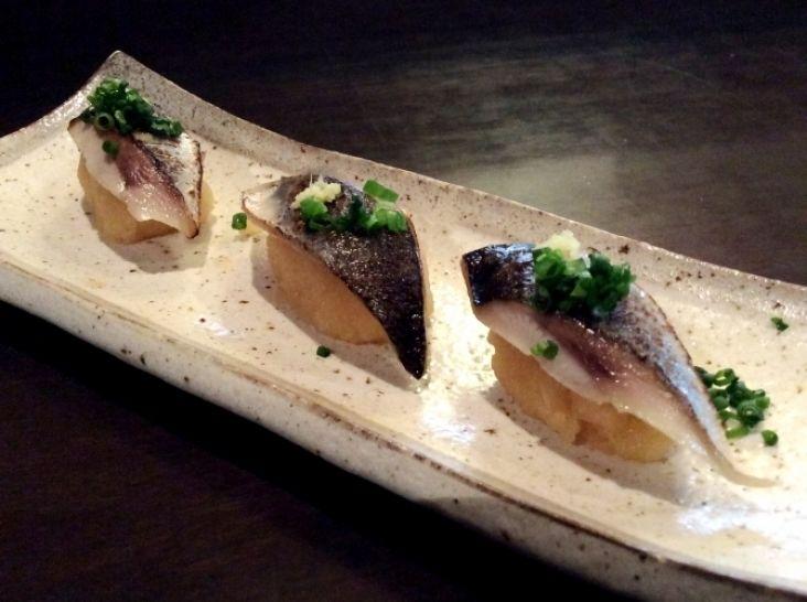 秋刀魚の大根寿司