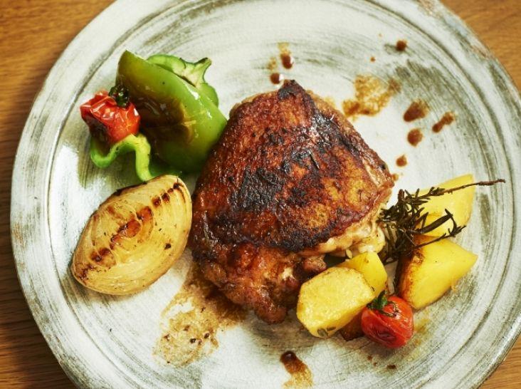 骨付き鶏もも肉のロースト