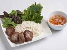 ベトナム風焼き肉団子のせつけ麺
