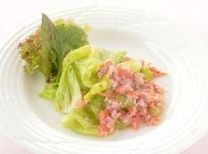 春キャベツと桜海老のサラダ仕立て
