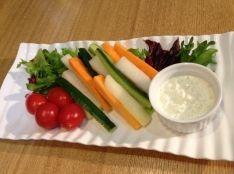 ヘルシー野菜ディップ   わさびヨーグルトソース