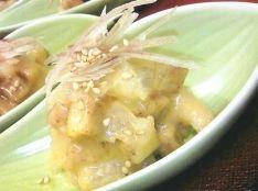 柿とくらげの辛子酢味噌和え