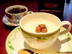 白いコーヒーのムース