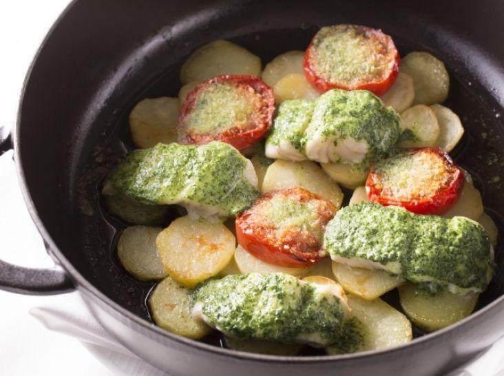 白身魚とジャガイモのエスカルゴバター焼き