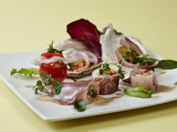 釜揚げ白いかとラタトゥイユのサラダ仕立てかきカプチーノソース