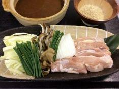 名古屋コーチンとシャキシャキ野菜のみそ鍋