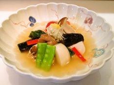 若鶏と蕪・茸・秋の味覚 葛仕立て、柚子の香り