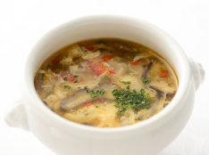 〔まかない〕マッシュルームとにんにくのスープ
