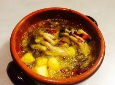 熱々さつまいもとキノコのオイル煮