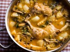 鶏とキノコと蕪のカルドソ(スペイン風雑炊)