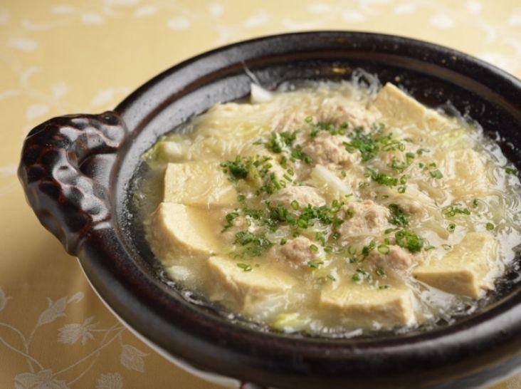 〔まかない〕白菜と肉団子・春雨の煮込み
