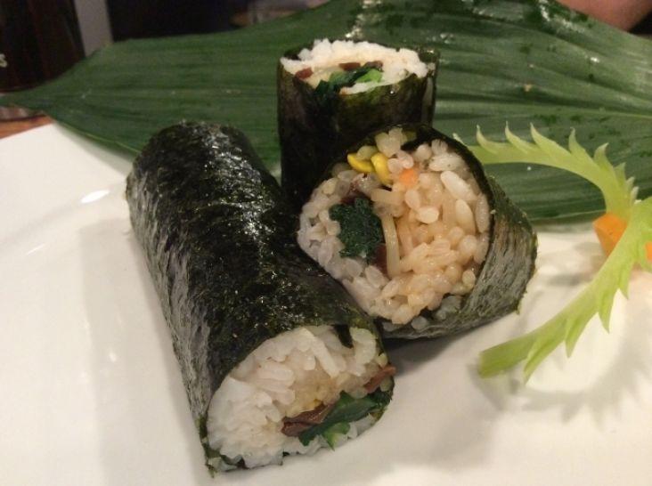 恵方巻き幸せに〜五色菜ナムルのキムパ本格韓国家庭料理〜