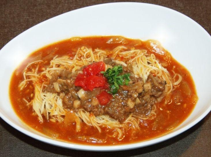 ミラノ風トマトたっぷりカレーカペッリーニ