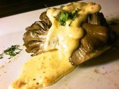 舞茸のソテー チーズフォンデュソース