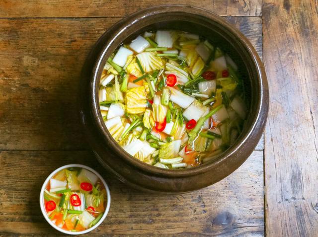 ムルギムチ(水キムチ) 柳 香姫シェフのレシピ | シェフごはん