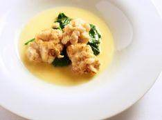 鱈の白子のポワレ 柚子風味のブールブランソース
